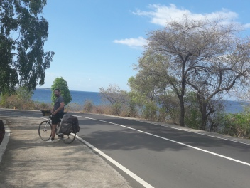 Cycling thorugh Lombok
