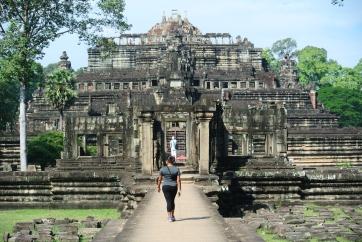 Walking towards Baphuon temple