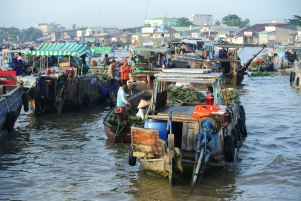 Floating Markets at Cai Rang